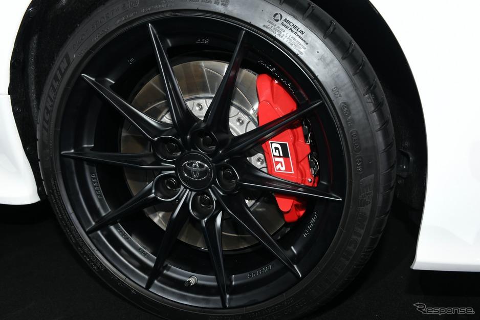 トヨタ ヤリスGR High PerformanceモデルのBBS製鍛造18インチホイールとミシュラン製タイヤPilot Sport 4S