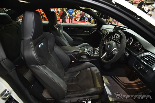 BMW M4 クーペ with Mパフォーマンスパーツ(東京オートサロン16)