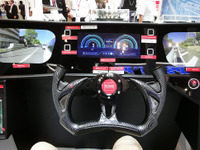 【CEATEC 16】スマホでドア開け、脈波センサで乗員を診る…ロームの近未来運転シーン 画像