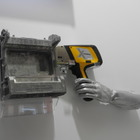 【高機能金属展16】オリンパス、当てるだけで金属成分分析できる装置が話題