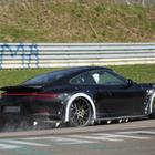 ポルシェ 911 次世代型、ワイドになってニュル激走!