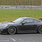 ポルシェ 911GT3 改良新型、ニュル北コースに姿再び