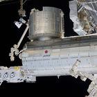 JAXA、ISS「きぼう」に搭載したCALETで電子の集中豪雨を観測