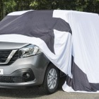 日産の欧州向け新型商用車、NV300 …表情見えた