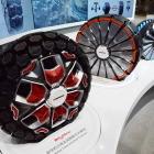 【上海モーターショー15】産学協同プロジェクトによるコンセプトタイヤを展示…ハンコック
