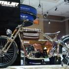 【ジャカルタモーターショー15】イタリアから電動アシスト自転車のショーモデルが登場