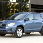 トヨタ RAV4、米国でリコール42万台…ワイパーに不具合