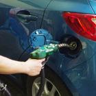レギュラーガソリン、約8か月ぶりに135円を下回る