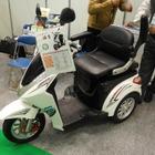 【新価値創造展15】一人乗り用電気ミニカー「佐吉」、手軽さで高齢者に好評