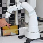 デンソーウェーブ、人と一緒に作業するロボット「COBOTTA」を初公開