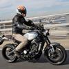 【ヤマハ XSR900 試乗】「ロータリーエンジン」のような3気筒のウルトラスムーズ感…佐川健太郎