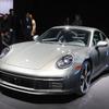 ポルシェ 911 新型、往年のモデルを彷彿とさせる…ロサンゼルスモーターショー2018[詳細画像]