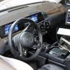 メルセデスの新SUV「GLB」、発表は年内? Aクラスとは微妙に違う運転席