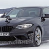 BMW M2 に最速の「CS/CSL」設定へ…雪上で実車をスクープ