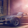 BMW Z4 新型、発売記念限定モデル「フローズングレー」発売