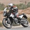 【KTM 790アドベンチャー 海外試乗】低重心タンクで安定感バツグン!の足長ツアラー…佐川健太郎
