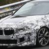 BMW 1シリーズ 最強のFFホットハッチ、「M135i」のマスクが完全露出