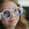 「シートロエン」日本上陸、車酔いを解消する画期的メガネ