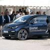 BMWと信号機が通信、赤信号での停車を減らすC-V2Xの実証実験…5G通信団体が成功