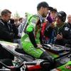 【マン島TT】今年最初の決勝レース、スーパーバイクは2周で成立