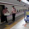 240km/hの鮮魚列車、甘エビとウニを新幹線で運ぶ 輸送コストは? 車内販売は?