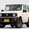 【スズキ ジムニー(AT車)新型試乗】「軽を買う」ではなく「小さな4WDを買う」イメージで…中村孝仁
