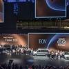 メルセデス ベンツの次世代電動車、バッテリーは100%再生可能エネルギーからの電力で生産へ
