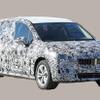 BMW アクティブツアラー 次期型、ボディ拡大&巨大グリル装備へ…3列グランツアラーは廃止か