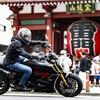 ドゥカティのメガクルーザー ディアベル 1260Sと巡る東京の街
