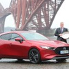 マツダ3 新型、カーオブザイヤーに輝く…英スコットランド