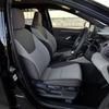 【トヨタ ヤリス 新型】運転席イージーリターン機能 トヨタ紡織の新開発シート