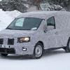 ルノー カングー 新型、実車を最速スクープ!新プラットフォームでデザイン刷新、EVも