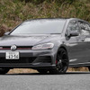 【VW ゴルフGTI TCR 新型試乗】日常使いもOK!「能ある鷹」系ホットハッチ…中村孝仁
