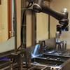 駅そばロボット、中央線で働き始める---幅広い人材採用に期待、味は同じ