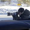 シャッターチャンスはわずか5秒…新車スパイカメラマンの過酷な現場に密着