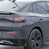 電動モデルにも「GTX」…VW ID.4 に高性能クーペ、プロトタイプを激写