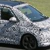 VWの新型マルチバン「T7」にPHEV登場か…ニュルを走るプロトタイプをスクープ