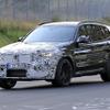 BMW X3M 改良新型がニュル初疾走!コックピットの進化に注目