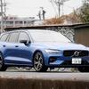 【ボルボ V60 B5 Rデザイン 新型試乗】これはデザインで選ぶクルマである…中村孝仁