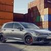 VW ゴルフGTI 新型に「クラブスポーツ45」、初代発売45周年記念車…欧州発表