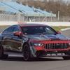 メルセデスAMG GT 4ドアクーペに「Eパフォーマンス」、F1譲りの電動化技術搭載へ…プロトタイプの写真