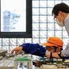 ロマンスカーの模型と実物を見比べる…小田急がオンラインで鉄道ジオラマ体験 4月24・25日