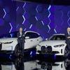 BMWの新世代EV、『iX』と『i4』…パワートレインの生産を専用工場で開始