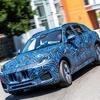 マセラティの新型SUV『グレカーレ』、プロトタイプに試乗…ステランティスのタバレスCEO