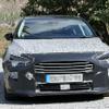 フォード フォーカス 改良新型、シャープなLED装備で目元スッキリ