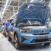 ボルボカーズ初のEV専用車、『C40』の生産を開始…航続は420km