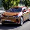 VW『ID.5 GTX』、EV初のSUVクーペ…市販版は11月3日発表へ