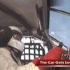 430km/hでクラッシュ、無傷で生還[動画]