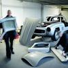 ダイムラー、メルセデス 300SL のレプリカを破壊…「コピーは許さない」