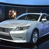 レクサス ES 新型のハイブリッド…燃費とスペック公表